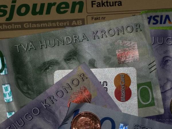 Två hundra kronor