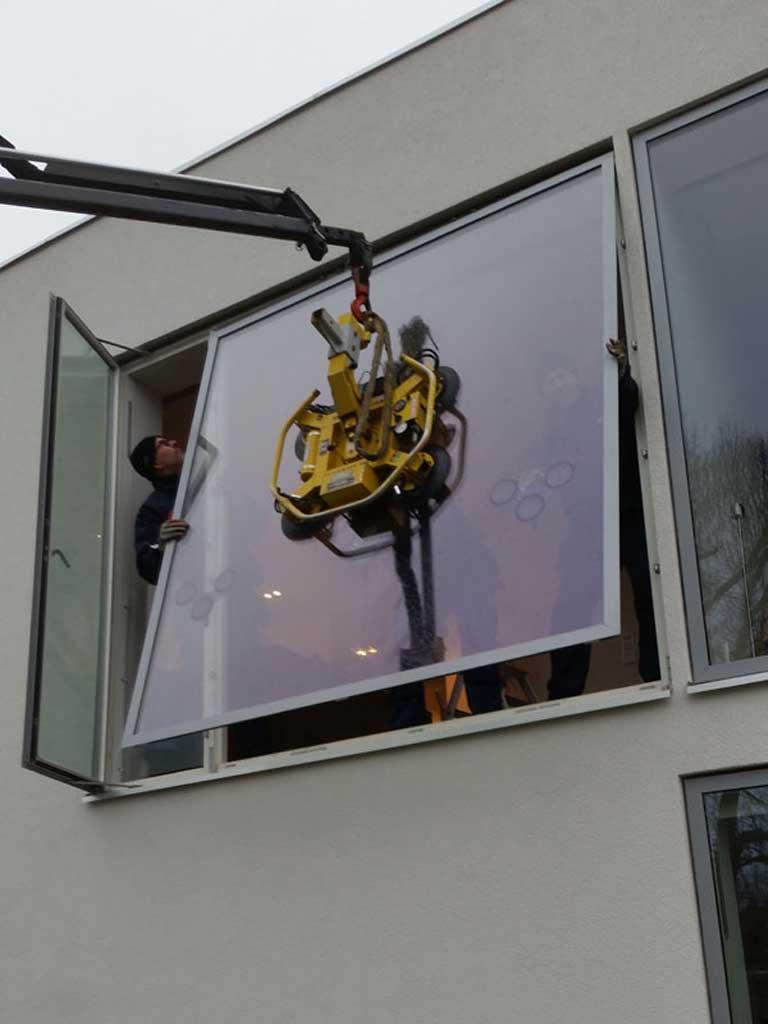 Montering av stora fönster